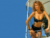 Claudia Schiffer - Wallpapers - Picture 22 - 1024x768