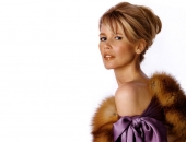 Claudia Schiffer - Wallpapers - Picture 28 - 1024x768