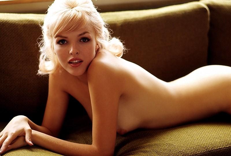 Playboy Playmate Dinah Willis Nude