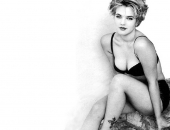 Drew Barrymore - Picture 34 - 1024x768