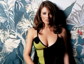 Elizabeth Hurley - HD - Picture 11 - 1920x1200
