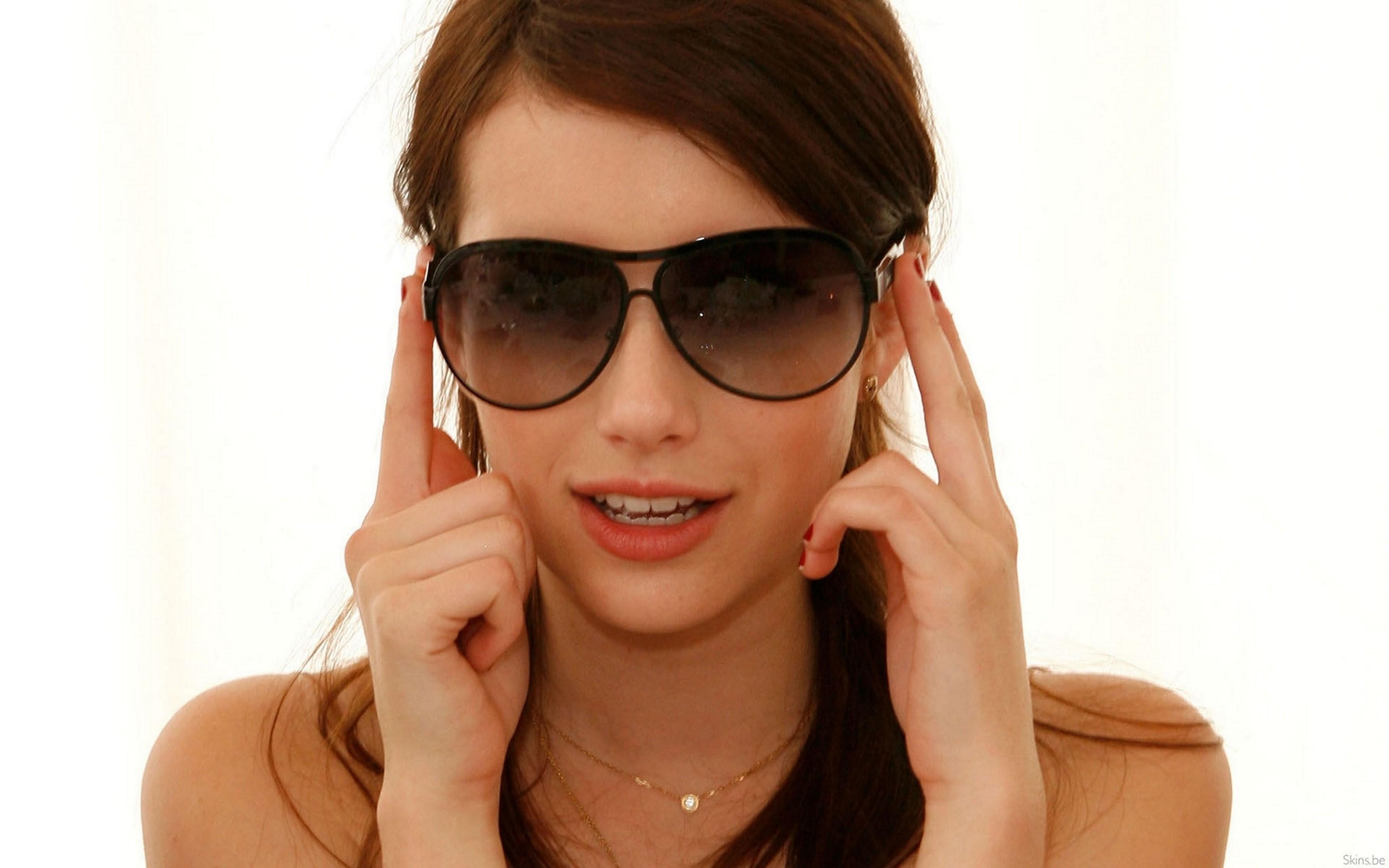 Фото женщин за 40 в очках 12 фотография