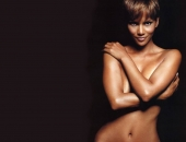 Halle Berry - Wallpapers - Picture 131 - 1024x768
