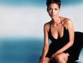 Halle Berry - Wallpapers - Picture 51 - 1024x768