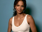Halle Berry - Wallpapers - Picture 122 - 1024x768