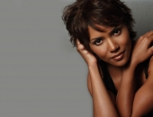 Halle Berry - Wallpapers - Picture 10 - 1680x1050