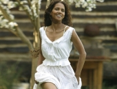 Halle Berry - Wallpapers - Picture 90 - 1024x768