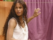 Halle Berry - Wallpapers - Picture 96 - 1024x768