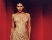 Halle Berry - Wallpapers - Picture 81 - 1024x768