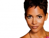 Halle Berry - Wallpapers - Picture 30 - 1024x768