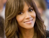 Halle Berry - Wallpapers - Picture 4 - 1920x1200