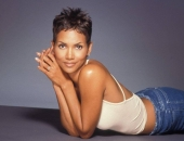 Halle Berry - Wallpapers - Picture 109 - 1024x768