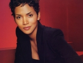 Halle Berry - Wallpapers - Picture 80 - 1024x768