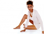 Halle Berry - Wallpapers - Picture 121 - 1024x768
