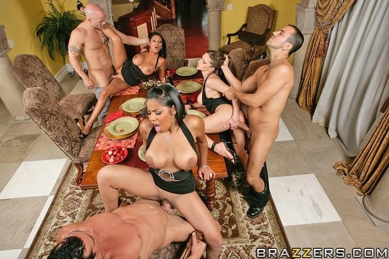 porno-orgiya-za-stolom-retro-tv-pornofilmi