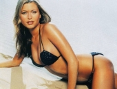 Holly Valance - Wallpapers - Picture 120 - 1024x768