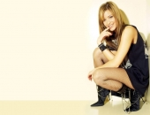 Holly Valance - Wallpapers - Picture 111 - 1024x768
