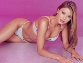 Holly Valance - Wallpapers - Picture 109 - 1024x768