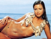 Holly Valance - Wallpapers - Picture 97 - 1024x768