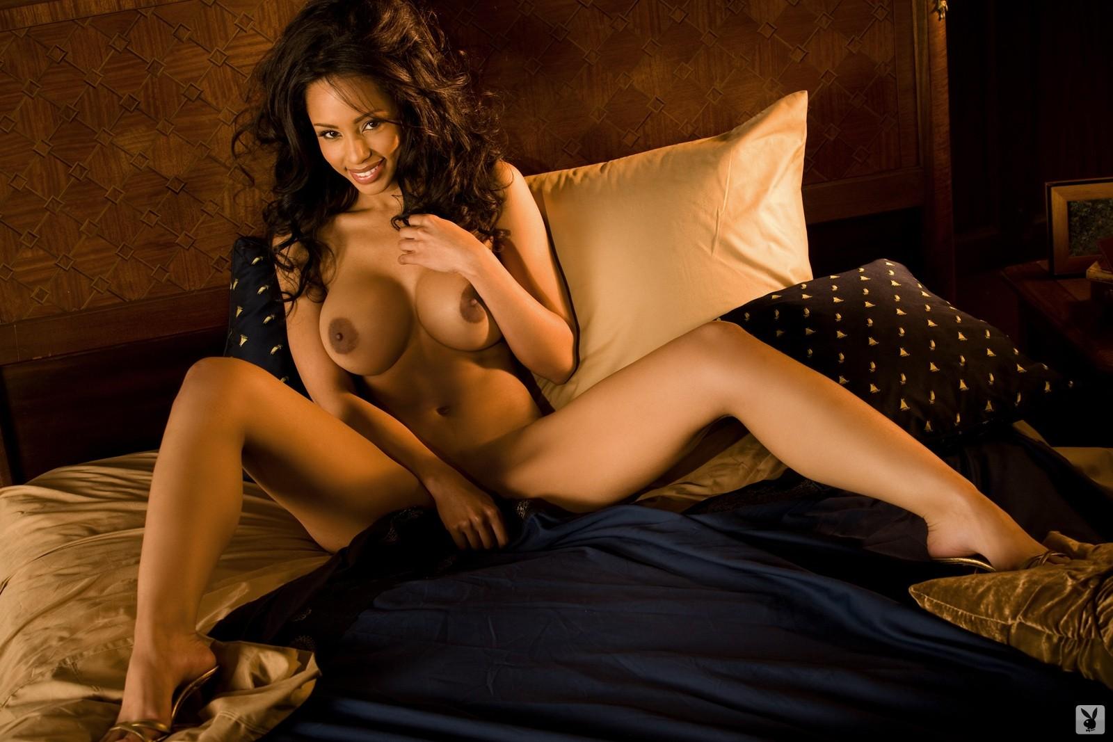 free nude pictures of ida ljungqvist