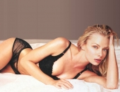 Jaime Pressly - Wallpapers - Picture 37 - 1024x768