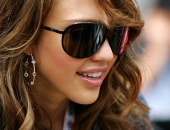 Jessica Alba - Wallpapers - Picture 327 - 1280x960