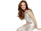 Julianne Moore - Wallpapers - Picture 24 - 1024x768