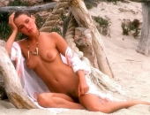 Kathryn Morrison - Picture 11 - 720x486