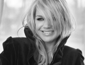 Kelly Clarkson - Picture 13 - 1024x768