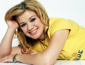 Kelly Clarkson - Picture 59 - 1024x768
