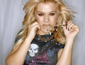 Kelly Clarkson - Picture 15 - 1024x768