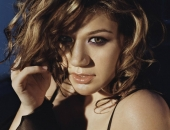 Kelly Clarkson - Picture 28 - 1024x768