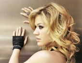 Kelly Clarkson - Picture 50 - 1024x768
