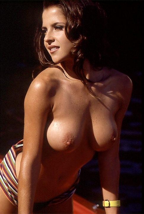 Kelly Monaco Bra Size, Age, Weight - Celebrity Sizes