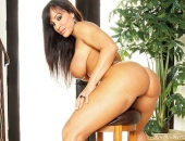 Lisa Ann - Picture 233 - 533x800