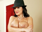 Lisa Ann - Picture 97 - 532x800