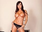 Lisa Ann - Picture 387 - 533x800