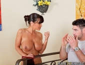 Lisa Ann - Picture 288 - 800x533