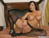 Lisa Ann - Picture 177 - 800x533