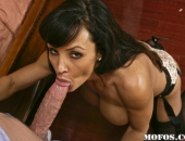 Lisa Ann - Picture 165 - 800x533