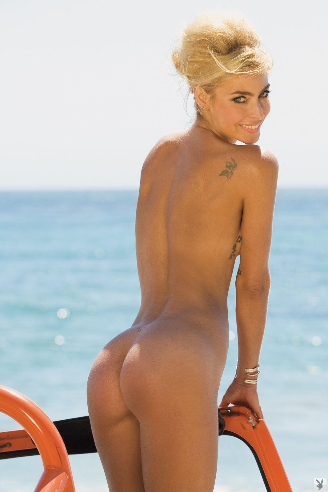Sexy nicollette sheridan nude