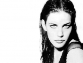 Liv Tyler - Wallpapers - Picture 80 - 1024x768