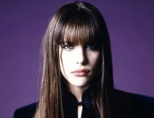 Liv Tyler - Wallpapers - Picture 89 - 1024x768