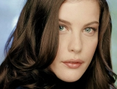 Liv Tyler - Wallpapers - Picture 36 - 1024x768