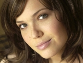 Mandy Moore Famous, Famous People, TV shows