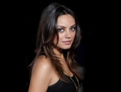 Mila Kunis - Wallpapers - Picture 24 - 1920x1200