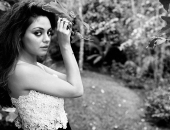 Mila Kunis - Wallpapers - Picture 33 - 1920x1200