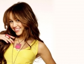 Miley Cyrus - HD - Picture 16 - 1920x1200