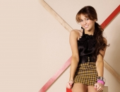 Miley Cyrus - HD - Picture 10 - 1920x1200