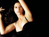 Monica Bellucci - Wallpapers - Picture 20 - 1024x768